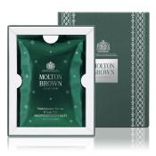 Molton Brown - Sels de Bain Juniper Berries & Lapp Pine - Molton brown